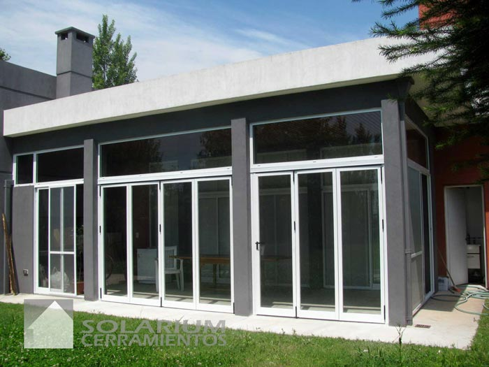 Solarium cerramientos desarollos y proyectos de for Jardines de invierno cerramientos