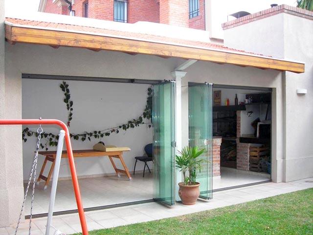Solarium cerramientos cerramientos de piscina techo for Modelos de techos para galerias